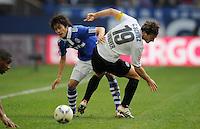 FUSSBALL   1. BUNDESLIGA   SAISON 2011/2012   29. SPIELTAG FC Schalke 04 - Hannover 96                                08.04.2012 Atsuto Uchida (li, FC Schalke 04) gegen Christian Schulz (re, Hannover 96)