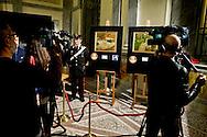 Roma 2 Aprile 2014<br />  I carabinieri del Comando tutela patrimonio culturale hanno recuperato due capolavori dell'Impressionismo francese rubati a Londra nel 1970. Si tratta di un'opera di Gauguin intitolata 'Fruits sur une table ou nature morte au petit chien' ('Frutti su una tavola o natura morte con cagnolino') e del dipinto di Bonnard 'La femme aux deux fauteuils', ossia 'Donna con due poltrone'. L'opera di Gauguin, stando alle quotazioni attuali, sottolineano dal Comando carabinieri Tpc, ha un valore compreso tra i 15 ed i 35 milioni di euro, mentre quella di Bonnard si aggira intorno ai 600 mila euro.<br /> Rome 2 April 2014<br /> The Carabinieri of the Command it protects cultural patrimony , have recovered two masterpieces of the French impressionism stolen in London in 1970. It is a work of Gauguin titled 'Fruits sur une table ou nature morte au petit chien' ('Fruit on a table or death nature with little dog') and Bonnard's painting 'La femme aux deux fauteuils', i( Woman with two armchairs). The work of Gauguin, according to current prices emphasize the Carabinieri TPC Command, has a value between 15 and 35 million Euros, while that of Bonnard is around 600 thousand euro.