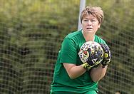 FODBOLD: Anne-Mette Poulsen (Ølstykke FC) under kampen i Sjællandsserien mellem Ølstykke FC og Nykøbing/Vordingborg den 7. september 2019 på Ølstykke Stadion. Foto: Claus Birch