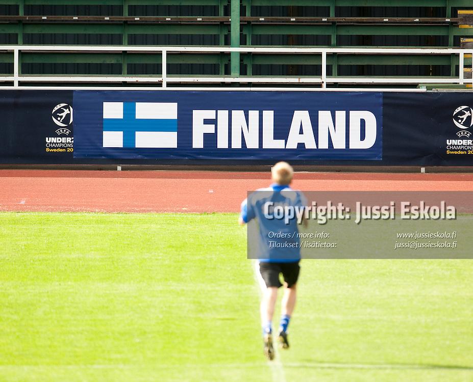 Alle 21-vuotiaiden maajoukkueen harjoitukset. Häckenin stadion, Göteborg, Ruotsi 20.6.2009. Photo: Jussi Eskola