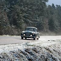 Car 19 Dieter Musfeld / Mark Jaeger Mercedes-Benz 220SE Cabriolet