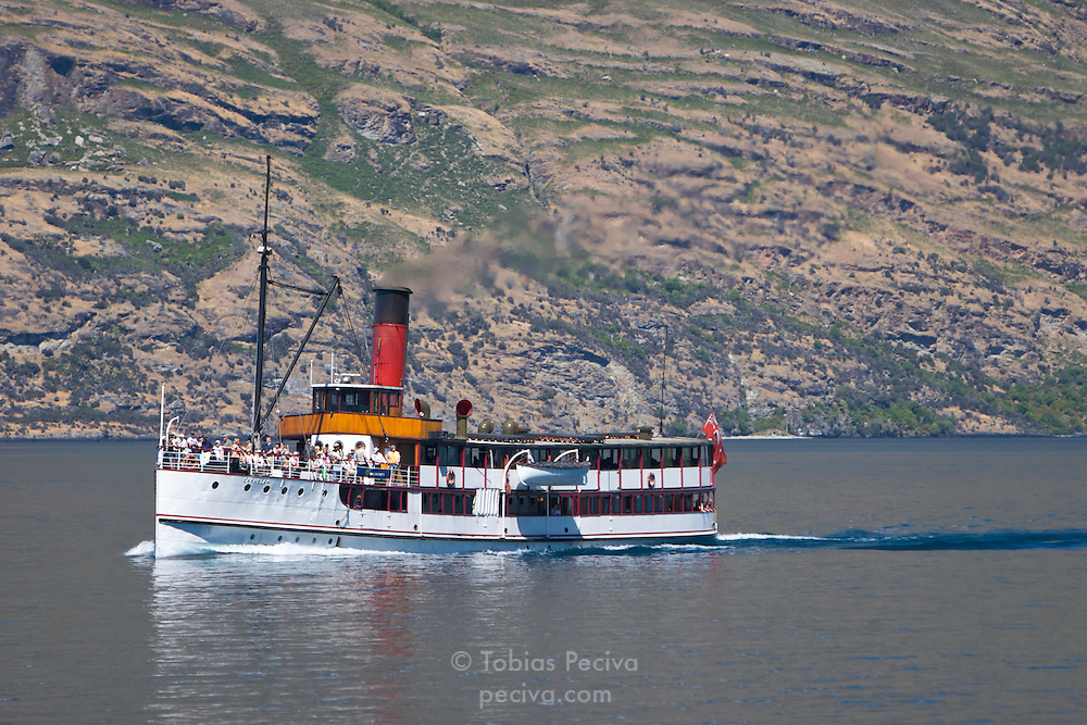 Steamer SS Earnslaw cruising on Lake Wakatipu, near Queenstown, New Zealand.