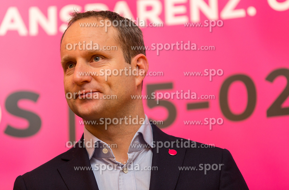 22.01.2018, Innsbruck, AUT, Landtagswahl in Tirol, Wahlkampfauftakt der Tiroler NEOS, im Bild Bundesvorsitzender Matthias Strolz // during the start of the State election in Tyrol, election campaign of the Tyrolean NEOS in Innsbruck, Austria on 2018/01/22. EXPA Pictures © 2018, PhotoCredit: EXPA/ Jakob Gruber