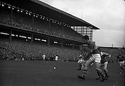 04/09/1960<br /> 09/04/1960<br /> 4 September 1960 <br /> All-Ireland Final: Tipperary v Wexford at Croke Park, Dublin.<br /> Kieran Carey (Tipperary)