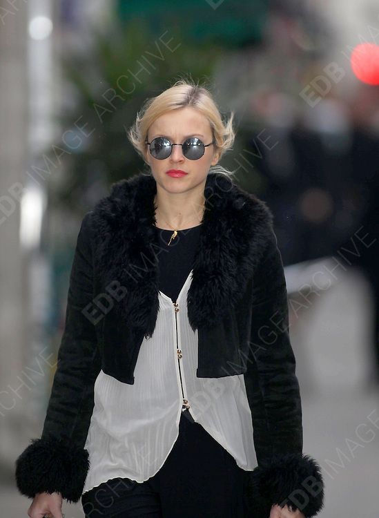 08.FEBRUARY.2012. LONDON<br /> <br /> FEARNE COTTON ARRIVING AT THE RADIO 1 STUDIOS IN LONDON<br /> <br /> BYLINE: EDBIMAGEARCHIVE.COM<br /> <br /> *THIS IMAGE IS STRICTLY FOR UK NEWSPAPERS AND MAGAZINES ONLY*<br /> *FOR WORLD WIDE SALES AND WEB USE PLEASE CONTACT EDBIMAGEARCHIVE - 0208 954 5968*