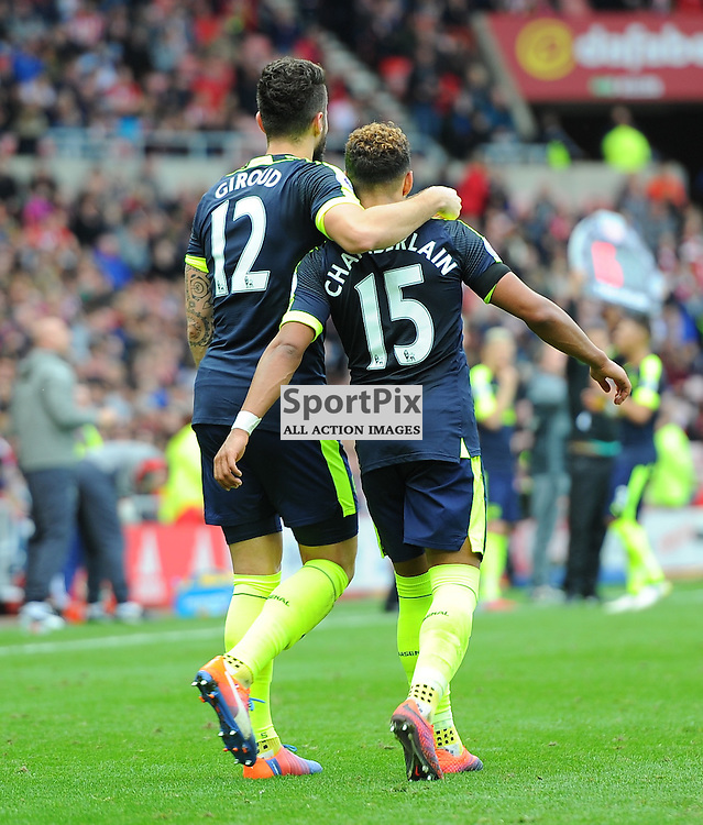 Olivier Giroud of Arsenal and Alex Oxlade-Chamberlain of Arsenal walk back together after Olivier Giroud's goal during Sunderland vs Arsenal, Premier League, 29.10.16 (c) Harriet Lander | SportPix.org.uk