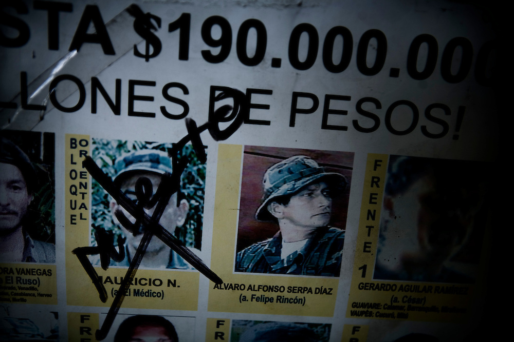 Photos of wanted members of the FARC-guerrilla hanging in the Colombian border station in Cucuta. The one who can provide crucial information will be richly rewarded.