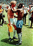 PELE AND BOBBY MOORE CHANGE SHIRTS.SHIRT EXCHANGE RESPECT.BRAZIL V ENGLAND.SOCCER WORLD CUP.1970