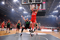 21.06.2015, Brose Arena, Bamberg, GER, Beko Basketball BL, Brose Baskets Bamberg vs FC Bayern Muenchen, Playoffs, Finale, 5. Spiel, im Bild Elias Harris (Brose Baskets Bamberg / Mitte) beim Dunking. Mit im Bild (v.l.n.r.): Janis Strelnieks (Brose Baskets Bamberg), Bryce Taylor (FC Bayern Muenchen), Heiko Schaffartzik (FC Bayern Muenchen), Vladimir Stimac (FC Bayern Muenchen), Dawan Robinson (Brose Baskets Bamberg / verdeckt), Dusko Savanovic (FC Bayern Muenchen) // during the Beko Basketball Bundes league Playoffs, final round, 5th match between Brose Baskets Bamberg and FC Bayern Muenchen at the Brose Arena in Bamberg, Germany on 2015/06/21. EXPA Pictures &copy; 2015, PhotoCredit: EXPA/ Eibner-Pressefoto/ Merz<br /> <br /> *****ATTENTION - OUT of GER*****