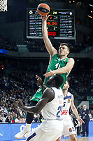 Real Madrid's Othello Hunter (d) and Darussafaka Dogus Istambul's Ante Zizic during Euroleague, playoffs, Game 2. April 21, 2017. (ALTERPHOTOS/Acero)