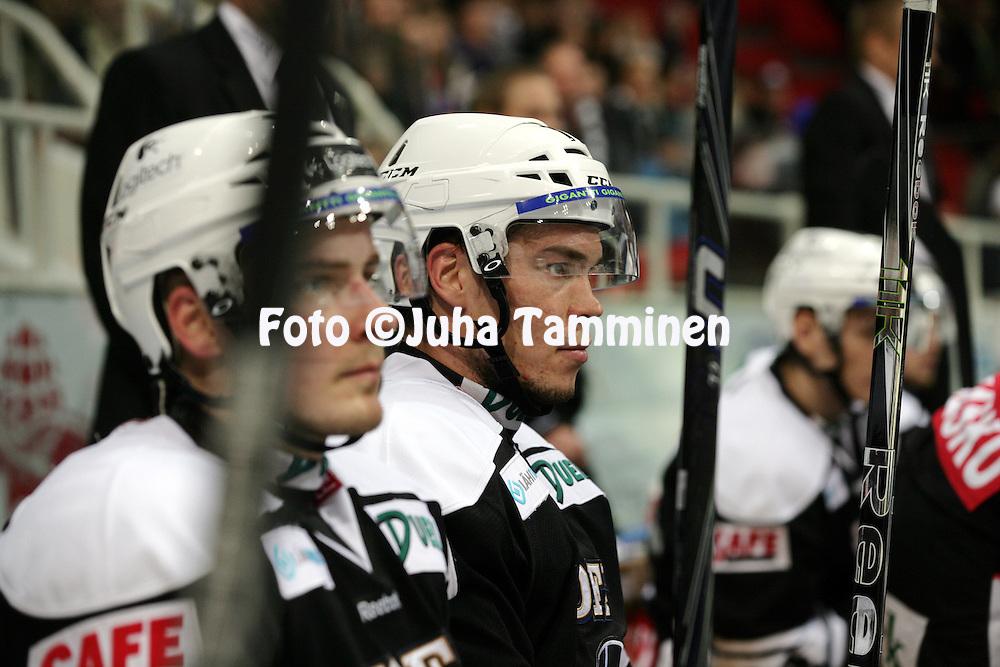 20.10.2012, HK-Areena (Turkuhalli), Turku..J??kiekon SM-liiga 2012-13. HC TPS Turku - Tappara..Miikka Tuomainen - TPS