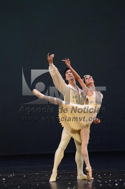 """Toluca, México (Julio 08, 2017).- Elisa Carrillo Cabrera, la primera bailarina mexicana de la ópera de Berlín, protagonizó la Gala  """"Elisa y amigos 2017"""",en el teatro Morelos. Agencia MVT / Arturo Hernández."""