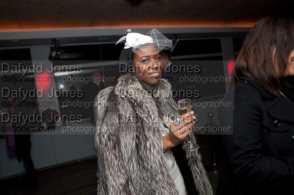 TIFFANY ALLEN; , The Centrepoint Paramount Club afterparty following the press night of 'Cat On A Hot Tin Roof', at the Novello Theatre, Aldwych, London.  1 December 2009