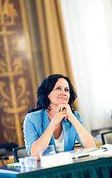 08.06.2016, Parlament, Wien, AUT, Parlament, Hearing der Kandidaten für das Amt des Rechnungshof-Präsidenten, im Bild Grüne Klubobfrau Eva Glawischnig // Leader of the parliamentary group the greens Eva Glawischnig<br />  during hearing of the candidates for the Austrian Court of Audit presidency at austrian parliament in Vienna, Austria on 2016/06/08, EXPA Pictures © 2016, PhotoCredit: EXPA/ Michael Gruber