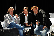 Perspresentatie van de nieuwe RTL comedie  'Iedereen Is Gek Op Jack' in Studio 20 op het Mediapark. <br /> <br /> Op de foto:  Erland Galjaard en John de Mol