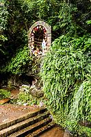 Gruta Sede Figueira. Chapecó, Santa Catarina, Brasil. / <br /> Monument to Our Lady of Lourdes. Chapeco, Santa Catarina, Brazil.