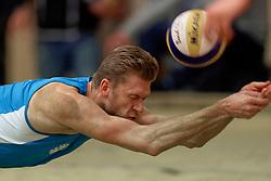 04-01-2020 NED: NK Beach volleyball Indoor, Aalsmeer<br /> Tim Hildebrand#2