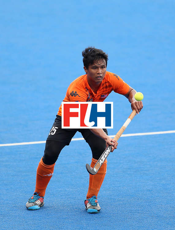 LONDON, ENGLAND - JUNE 24: Najmi Jazlan of Malaysia in action during the semi-final match between Argentina and Malaysia on day eight of the Hero Hockey World League Semi-Final at Lee Valley Hockey and Tennis Centre on June 24, 2017 in London, England. (Photo by Steve Bardens/Getty Images)