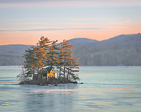 I'm always on the look out for new subjects, new views. Sometimes it feels like everything under the sun has been photographed, maybe hundreds of times. My friend Jack says, so what if it's been done before, it hasn't been done by me. I like that attitude. This little home perched on an island in Megunticook Lake is terribly picturesque. I'm sure it's been photographed before, but I haven't seen it. And anyways, it hasn't been photographed by me.