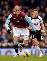 Photo: Alan Crowhurst.<br />Fulham v West Ham United. The Barclays Premiership. 23/12/2006. Bobby Zamora makes a break for West Ham.