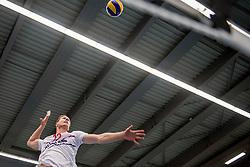 12-05-2017 NED: Nederland - Tsjechië, Amstelveen<br /> De Nederlandse volleybal mannen spelen hun eerste oefeninterland in de Emergohal in Amstelveen tegen Tsjechië. Deze wedstrijd staat in het teken van de verplaatsing van het Bankrasmomument. Nederland speelde daarom in speciale oude Nederlandse shirts uit 1992 / Kay van Dijk #12