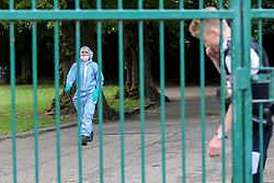 © Licensed to London News Pictures. 24/08/2020. London, UK. A forensic officer in St James Park, Walthamstow, East London as detectives launch an investigating following the discovery of a man's body. Police were called by a member of the public at approximately 13:40hrs to St James Park, E17, after a person was found unresponsive. A man, aged in his thirties, was pronounced dead at the scene. Photo credit: Dinendra Haria/LNP