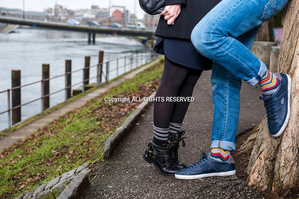 Genève, février 2017. Aude, fondatrice de la petite entreprise Sock's factory avec son amoureux. © Olivier Vogelsang