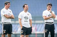 ROTTERDAM - Eerste training van Feyenoord , voetbal , seizoen 2015-2016 , Stadion De Kuip , 28-06-2015 , De rest van de technische staf met spitsentrainer Roy Makaay , Assistent Jean-Paul van Gastel (m) en Keeperstrainer Patrick Lodewijks (r)