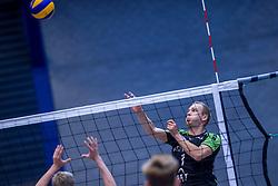 22-10-2016 NED: TT Papendal/Arnhem - Advisie SSS, Arnhem<br /> De Talenten winnen met 3-2 van SSS / Frank van den Noort #1 of SSS