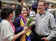 6月13日,美国洛杉矶,亲友为一名毕业生送上鲜花。当日,美国大学预备高中 (AUP)举办该校第一届毕业典礼,共十二名毕业生。新华社发 (赵汉荣摄)<br /> Students of American University Preparatory School participate in a graduation ceremony at a hotel in downtown Los Angeles, the United States, on Saturday, May 27, 2017. American University Preparatory School is a private, for-profit, four-year, co-educational boarding and day college preparatory high school for grades 9-12 located in Los Angeles, California, at the center of downtown Los Angeles. (Xinhua/Zhao Hanrong)