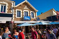 France, Vendée (85), Saint-Jean-de-Monts, avenue de la Mer, rue pietonne, bar Le Belem // France, Vendée, Saint-Jean-de-Monts, avenue de la Mer