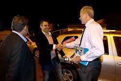 O candidato à reeleição pelo PDT em Porto Alegre, José Fortunati, chega pra debate na TV COM. FOTO: Jefferson Bernardes/Preview.com