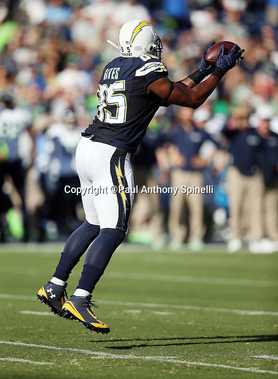San Diego Chargers tight end Antonio Gates (85) leaps and catches a first quarter pass for a gain of 6 yards and a first down during the 2015 NFL preseason football game against the Seattle Seahawks on Saturday, Aug. 29, 2015 in San Diego. The Seahawks won the game 16-15. (©Paul Anthony Spinelli)