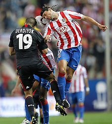 30.09.2010, Vicente Calderon Stadion, Madrid, UEFA EL, Atletico de Madrid vs Bayer 04 Leverkusen, im Bild Atletico Madrid's Ujfalusi during UEFA Europe League. EXPA Pictures © 2010, PhotoCredit: EXPA/ Alterphotos/ Cesar Cebolla +++++ ATTENTION - OUT OF SPAIN / ESP +++++