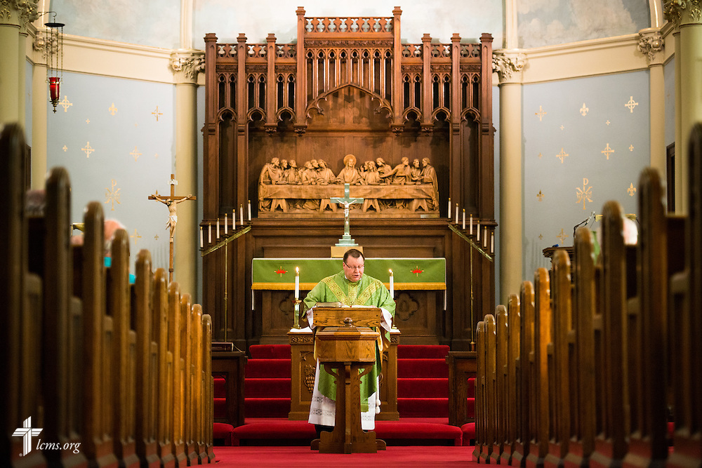 The Rev. Kent Tibben leads Divine Service at Trinity Lutheran Church on Wednesday, July 15, 2015, in Danville, Ill. LCMS Communications/Erik M. Lunsford