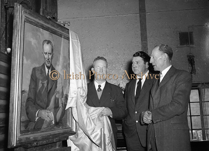 Presentation to Mr. Padraig O'Keeffe..02.04.1955  2nd April 1955