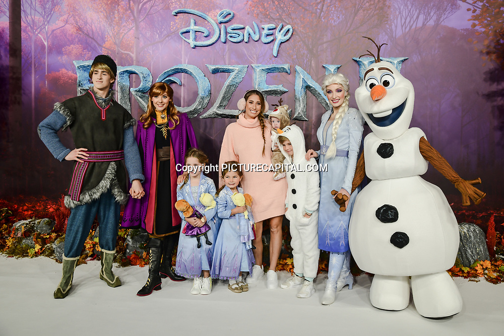 Stacey Solomon attend European Premiere of Frozen 2 on 17 November 2019, BFI Southbank, London, UK.