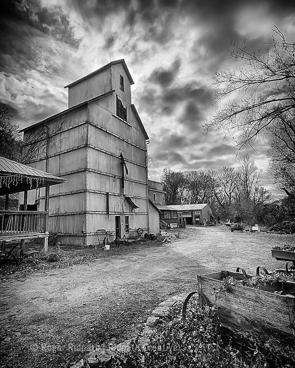 Weston Missouri Old Grain Elevator Black and White