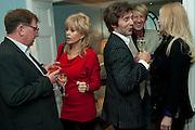 NIGEL DEAN; SALLY FARMILLOE; ANTHONY PAPAS; IAN CARMICHAEL; CINDY JACKSON, Party Planning and Etiquette. Liz Brewer book launch,. Dukes hotel. St. James's. London. 10 June 2011. <br /> <br />  , -DO NOT ARCHIVE-© Copyright Photograph by Dafydd Jones. 248 Clapham Rd. London SW9 0PZ. Tel 0207 820 0771. www.dafjones.com.