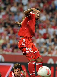01.08.2013, Allianz Arena, Muenchen, Audi Cup 2013, FC Bayern Muenchen vs Manchester City, im Bild, Mario MANDZUKIC (FC Bayern Muenchen) unten, koepft zum 2:1: Rechts Jerome BOATENG (FC Bayern Muenchen) // during the Audi Cup 2013 match between FC Bayern Muenchen and Manchester City at the Allianz Arena, Munich, Germany on 2013/08/01. EXPA Pictures © 2013, PhotoCredit: EXPA/ Eibner/ Wolfgang Stuetzle<br /> <br /> ***** ATTENTION - OUT OF GER *****
