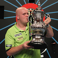 PDC WORLD MATCHPLAY 2015 FINAL  , PDC, DARTS, PRO DARTS,PIC:CHRIS SARGEANT, JAMES WADE,MICHAEL VAN GERWEN