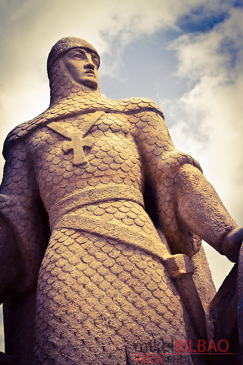 Crusader statue.<br />