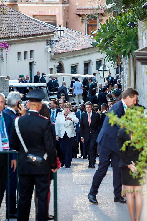 Angela Merkel con il marito Joachim Sauer a Taormina nel giorno del concerto organizzato per il summit G7.