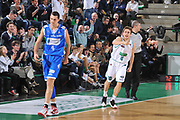 DESCRIZIONE : Treviso Lega A 2011-12 Benetton Treviso Banco di Sardegna Sassari<br /> GIOCATORE : andrea de nicolao<br /> CATEGORIA :  esultanza<br /> SQUADRA : Benetton Treviso Banco di Sardegna Sassari<br /> EVENTO : Campionato Lega A 2011-2012<br /> GARA : Benetton Treviso Banco di Sardegna Sassari<br /> DATA : 17/12/2011<br /> SPORT : Pallacanestro<br /> AUTORE : Agenzia Ciamillo-Castoria/M.Gregolin<br /> Galleria : Lega Basket A 2011-2012<br /> Fotonotizia :  Treviso Lega A 2011-12 Benetton Treviso Banco di Sardegna Sassari<br /> Predefinita :