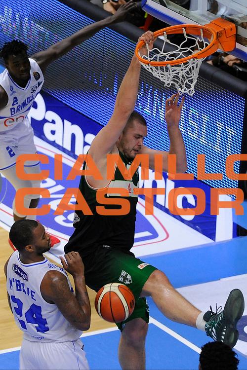 Fesenko Kyrylo<br /> Enel Brindisi - Sidigas Avellino<br /> Lega Basket Serie A 2016/2017<br /> Brindisi, 26/03//2017<br /> Foto Ciamillo-Castoria