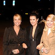 NLD/Amsterdam/20061020 - Uitreiking Televierzierring 2006, Gooise Vrouwen, Linda de Mol, Susan Visser en Tjitske Reidinga