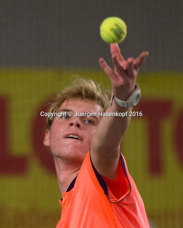 LOUIS WESSELS, 45. Deutsche Meisterschaften 2016 <br /> <br /> Tennis - Deutsche Meisterschaften 2016 - Deutsche Meisterschaften -   - Biberach an der Riss - Baden-Wuerttemberg - Germany - 16 December 2016. <br /> &copy; Juergen Hasenkopf