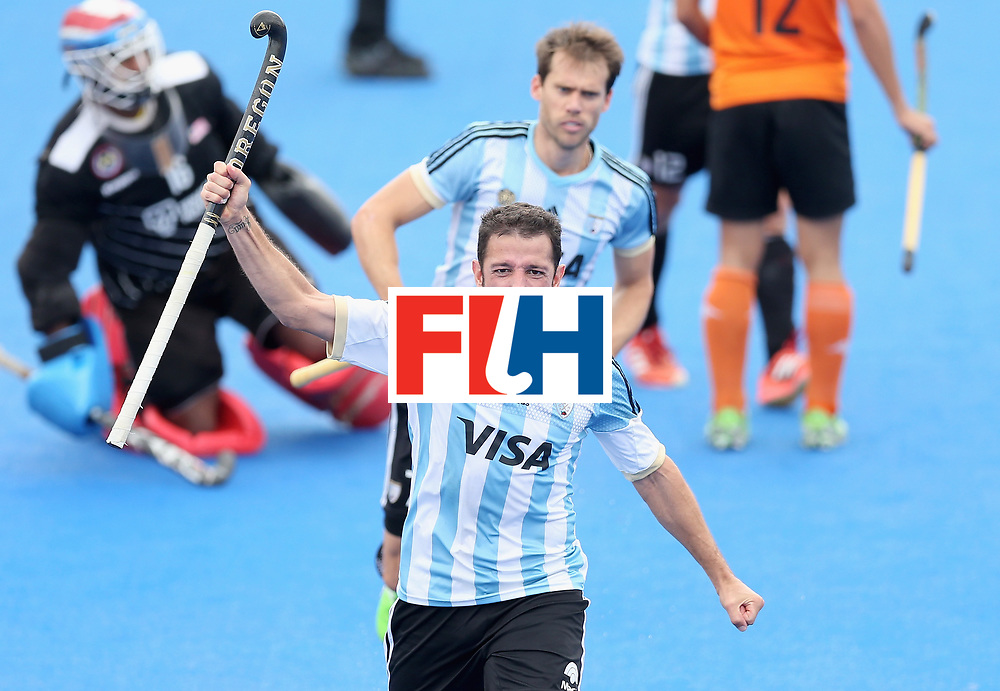 LONDON, ENGLAND - JUNE 24:  Manuel Brunet of Argentina celebrates scoring their teams second goal during the semi-final match between Argentina and Malaysia on day eight of the Hero Hockey World League Semi-Final at Lee Valley Hockey and Tennis Centre on June 24, 2017 in London, England.  (Photo by Alex Morton/Getty Images)