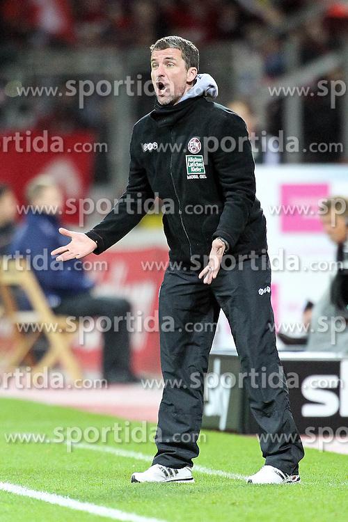 07.11.2010,  BayArena, Leverkusen, GER, 1. FBL, Bayer Leverkusen vs 1. FC Kaiserslautern, 11. Spieltag, im Bild: Marco KURZ (Trainer Kaiserslautern) schreit  EXPA Pictures © 2010, PhotoCredit: EXPA/ nph/  Mueller+++++ ATTENTION - OUT OF GER +++++