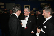 VISCOUNT LINLEY AND John Madejski, Royal Academy Annual Dinner. Piccadilly. London. 5 June 2007.  -DO NOT ARCHIVE-© Copyright Photograph by Dafydd Jones. 248 Clapham Rd. London SW9 0PZ. Tel 0207 820 0771. www.dafjones.com.